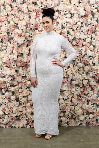 michael-costello-spring-summer-2018-bridal-couture-collection-plus-size-high-neck-long-sleeve-dress