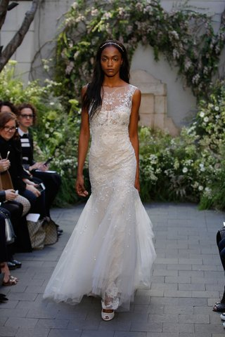 monique-lhuillier-spring-2017-crystal-wedding-dress-trumpet-gown-lace-underlay