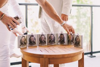 groomsmen-gifts-flasks-with-cartoon-caricatures