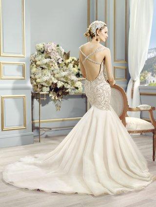 val-stefani-trumpet-wedding-dress-with-criss-cross-back