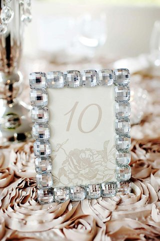 beige-flower-motif-table-card-in-bling-crystal-frame