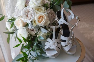 saint-laurent-wedding-shoes-with-rose-and-garden-rose-bouquet-t-strap-sandals-peep-toe-ankle-straps