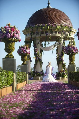 oceanfront-wedding-ceremony-at-the-resort-at-pelican-hill