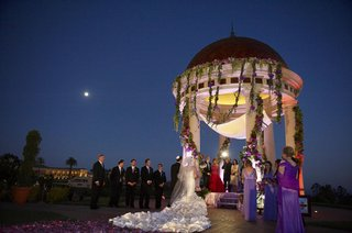 resort-at-pelican-hill-gazebo-night-jewish-ceremony