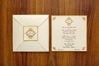 ivory-invite-and-envelope-with-golden-border