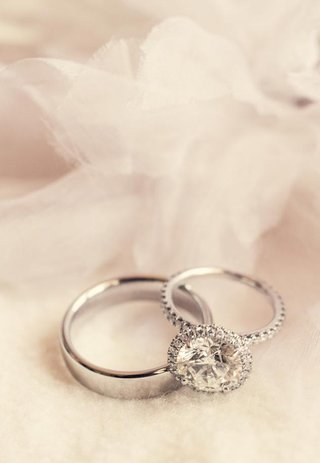 platinum-wedding-band-and-sparkling-ring