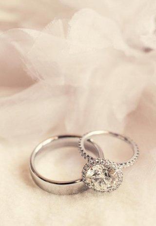 platinum-wedding-band-and-sparkling-ring