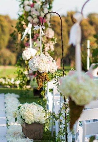 outdoor-ceremony-floral-arrangements