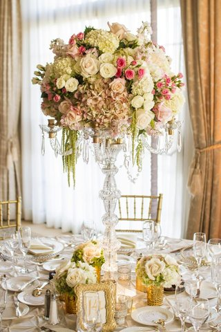 candelabra-with-gold-accents-and-flowers