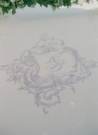 lavender-monogram-on-white-aisle-runner