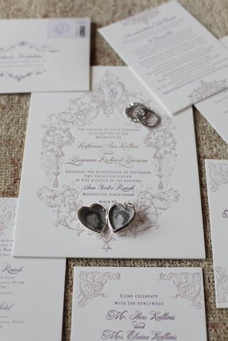 lehr-and-black-wedding-invites-with-locket-on-top