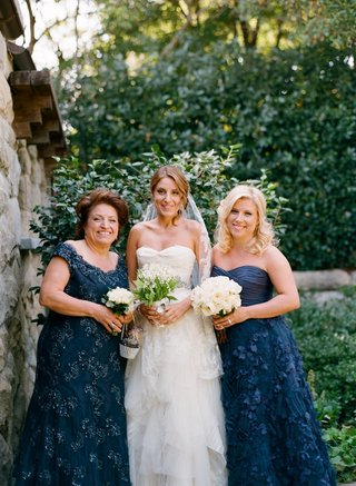 katherine-kallinis-with-sister-and-mother-in-navy-dresses