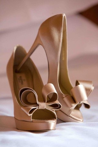 champagne-colored-peep-toe-pumps