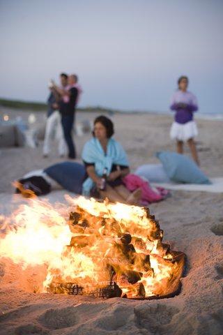 oceanfront-bonfire-on-sand