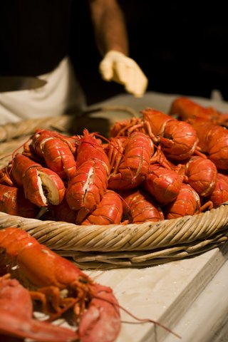lobsters-in-a-basket-was-served