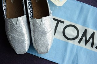 silver-toms-for-wedding-shoes-in-blue-box
