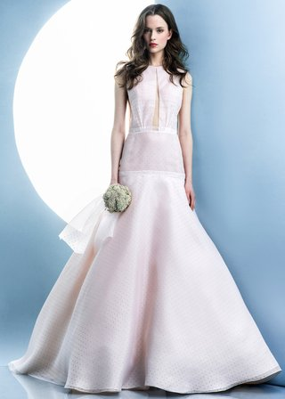 angel-sanchez-spring-2016-collection-dress-with-pink-overlay-on-white-fabric-with-black-polka-dots