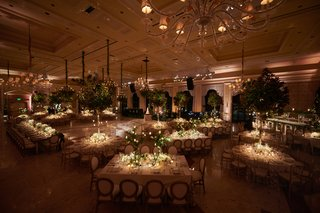 the-breakers-wedding-tree-centerpieces-pin-lights-on-centerpieces