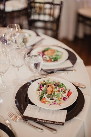 oriental-salad-with-edamame-and-fried-wontons-served-as-first-course-at-wedding