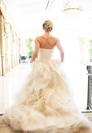 vera-wang-ruffle-ball-gown-dress-on-blonde-bride