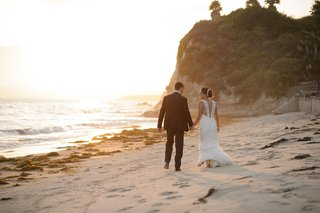 melissa-claire-egan-and-husband-on-beach-in-santa-barbara