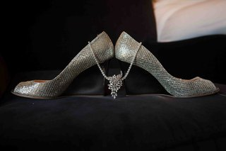 silver-wedge-wedding-shoes-with-diamond-necklace