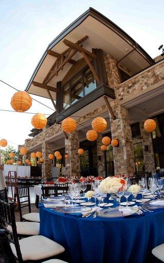 mountain-lodge-wedding-venue-with-orange-paper-lanterns