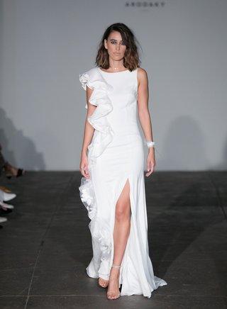 rime-arodaky-2018-bridal-collection-wedding-dress-ruffle-down-one-side-high-slit-sleeveless