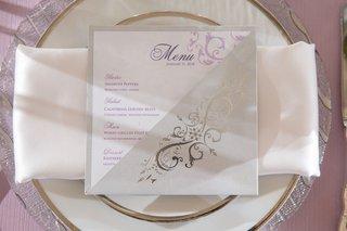 wedding-menu-card-purple-linen-silver-charger-plate-white-napkin-purple-menu