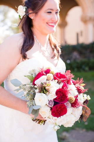 bridal-bouquet-with-white-and-lavender-roses-red-garden-roses-eucalyptus
