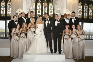 bridesmaids-and-groomsmen-at-ceremony-site