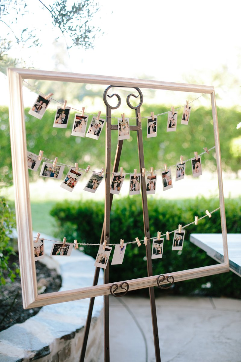 Display of Instant Photos