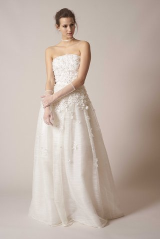 sachin-babi-spring-summer-2017-debut-bridal-collection-strapless-ball-gown-flower-appliques-3d