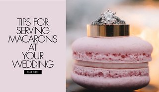 tips-for-serving-macaron-desserts-at-your-wedding