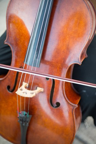 pretty-cello-string-instrument-for-string-quartet-at-wedding