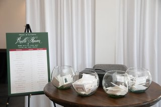 kentucky-derby-themed-bridal-shower-with-bets-on-horses