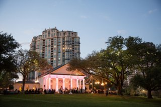 wedding-at-arlington-hall-at-lee-park-lighting-outdoor-wedding-reception