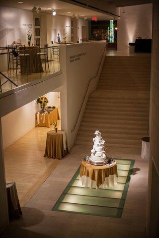 cake-on-display-at-modern-art-museum-wedding