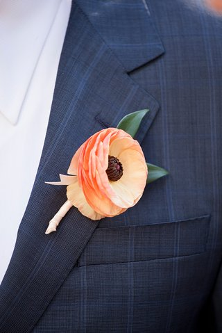 groom-in-navy-blue-stripe-suit-with-ranunculus-flower-boutonniere-peach-apricot-orange