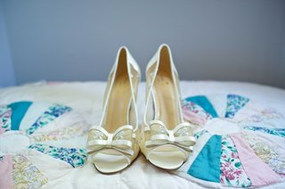 brides-kate-spade-peep-toe-heels-with-bow-embroidery-and-bows-on-top