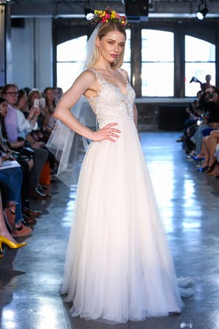 huxley-by-wtoo-by-watters-spring-2019-bridal-gown-with-embroidered-bodice-and-tulle-skirt