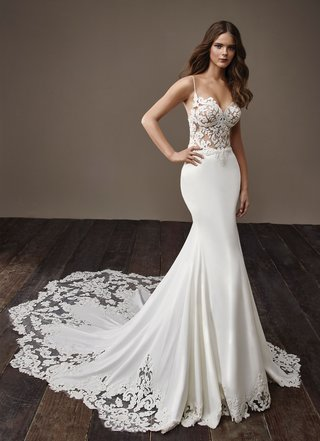 badgley-mischka-bride-2018-collection-wedding-dress-spaghetti-strap-bridal-gown-blake-graphic-lace