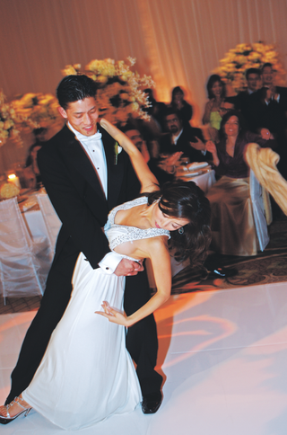 groom-dipping-bride-on-dance-floor