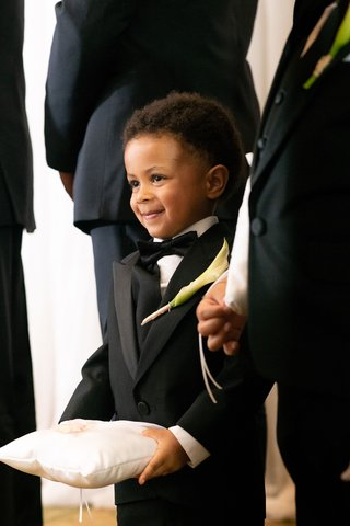 wedding-ceremony-cute-little-boy-ring-bearer-with-ring-pillow-calla-lily-boutonniere