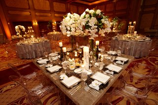 ballroom-wedding-with-modern-and-rustic-details