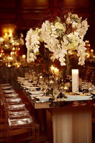 ballroom-wedding-moss-and-orchid-natural-centerpiece