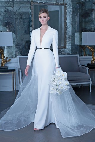 romona-keveza-fall-2019-bridal-collection-wedding-dress-rk9505-long-sleeve-plunging-neckline