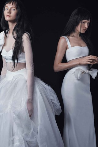 vera-wang-bride-fall-2016-long-sleeve-ball-gown-and-crepe-bandeau-wedding-dress