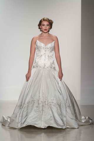 matthew-christopher-2016-strapless-box-pleated-ball-gown-with-silver-embroidery