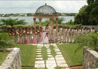 tropical-bahamas-bridesmaids-and-groomsmen